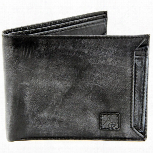 American Outdoorsman Washed Leather Bifold Wallet With Detachable Id Holder