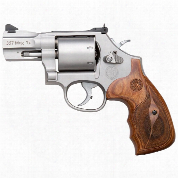 "Smith & Wesson Model 686, Revolver, .357 Magnum / .38 S&w Special, 2.5"" Barrel, 7 Rounds"