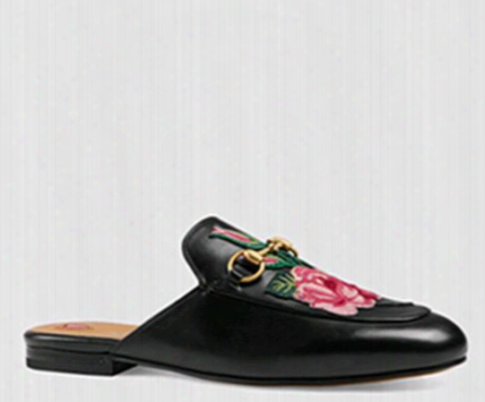 2017 New Embroidery Shoes Genuine Leather Slipperss Women Flower Flat Loafers Metal Horse Buckle Slip On Outdoor Casual Slippers Women Shoes