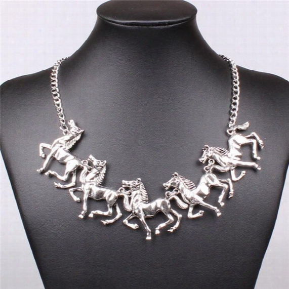 2017 Vintage Gold Color Horse Pendant Necklace Chain Cute Antique Fashion Statement Jewelry Necklaces For Women Gift Free Shipping Wholesale