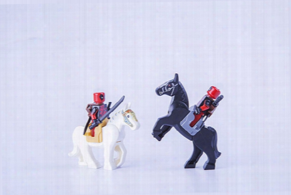 25pcs/lot Horse With Saddle Mini Building Blocks Figures Mediaeval Battle Horse Hobbit Super Heroes Star Wars Minifig Knight Horse Toy