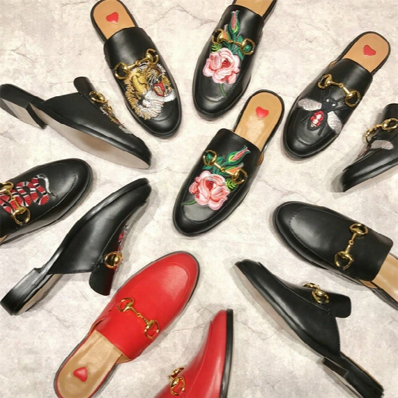 Street Style Celebrity Flats Black Gold Red Leather Rabbit Fur Slippers Horsebit Buckled Flat C Asual Shoes Slip On Plush Lazy Shoes Woman