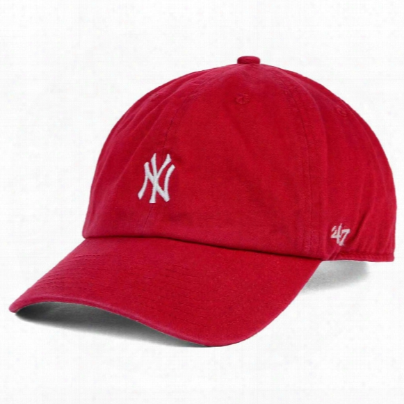 New York Yankees Base Runner Micro Logo Clean Up Cap - Red