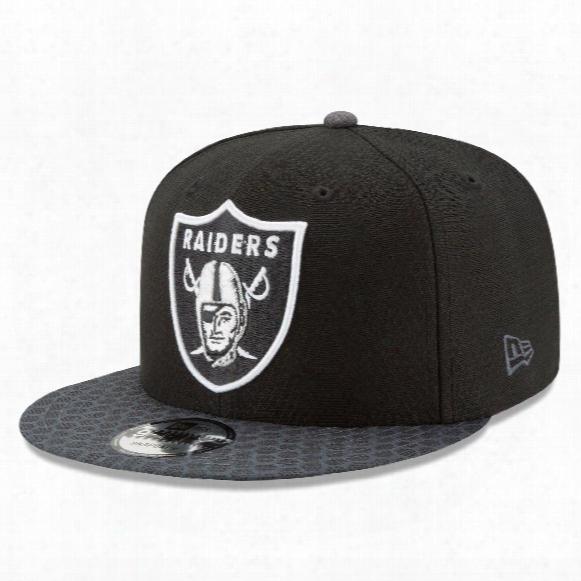 Oakland Raiders New Era 9fifty Nfl 2017 Sideline Snapback Cap - Black