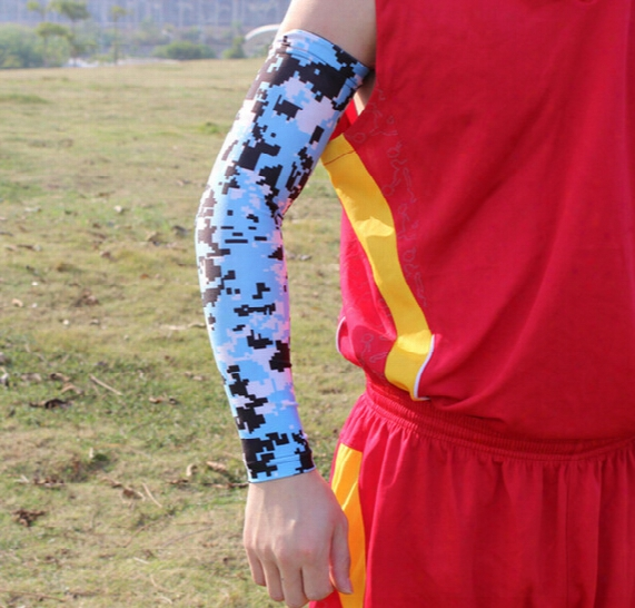 2015 Sale!!! Sample Order 8pcs Moisture Wicking Compression Sports Arm Sleeve Digital Camo Baseball Flames