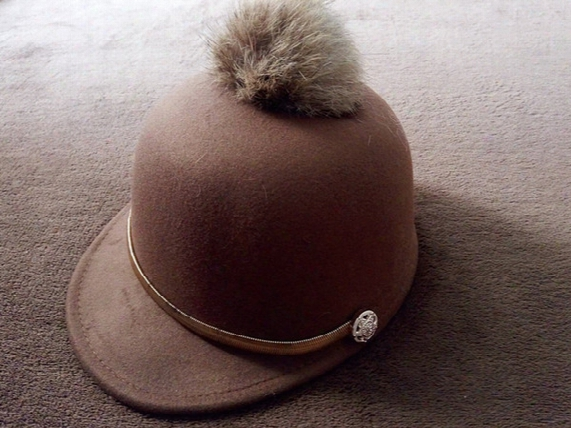 Korean Fur Hats For Child Hat Kids Unisex Baseball Caps Along Children's Hair Ball Solid Felt Hat Dome Equestrian Small Hat