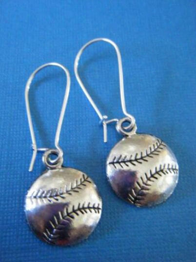 """40pairs Ancient Silver Plated""""baseball""""charms Dangle Women Earrings Drop Earrings Vintage Jewelry Making Diy"""