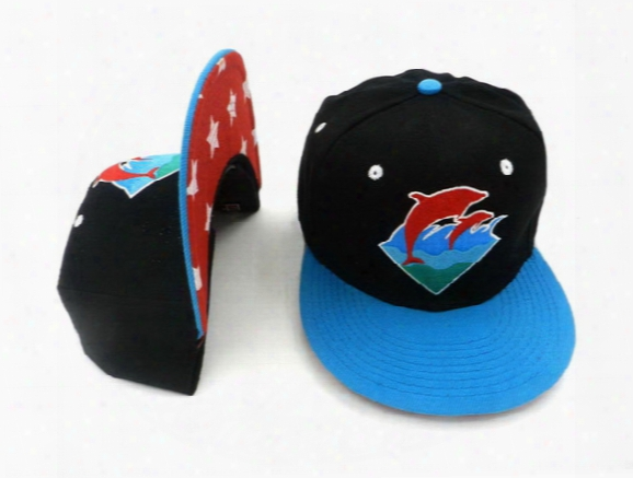 Hot Classic Pink Dolphin Waves Snapback Hat Embroidered Pink Dolphin Snapbacks Hats Popular Hip Hop Caps Baseball Cap