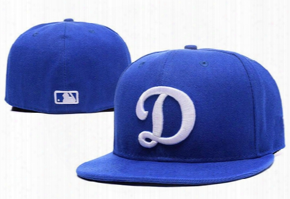 New Los Angeles Dodgers Embroidered Team Logo Fitted Cap Men & Women Classic Baseball Cap