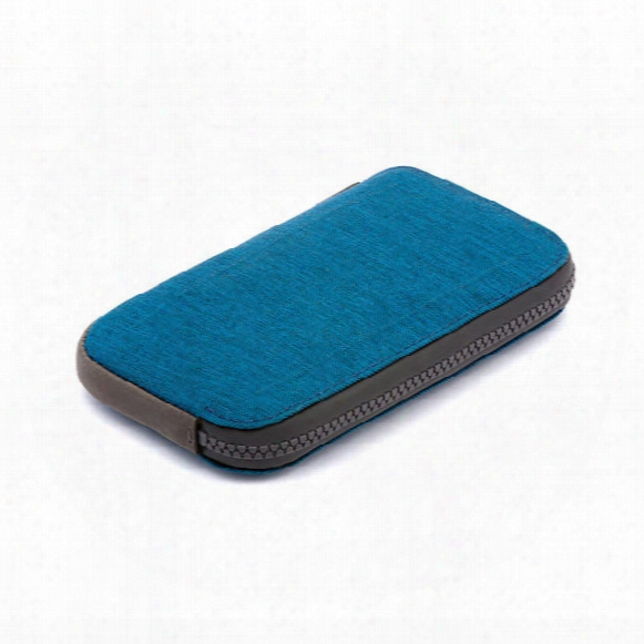 All-conditions Phone Pocket - Woven