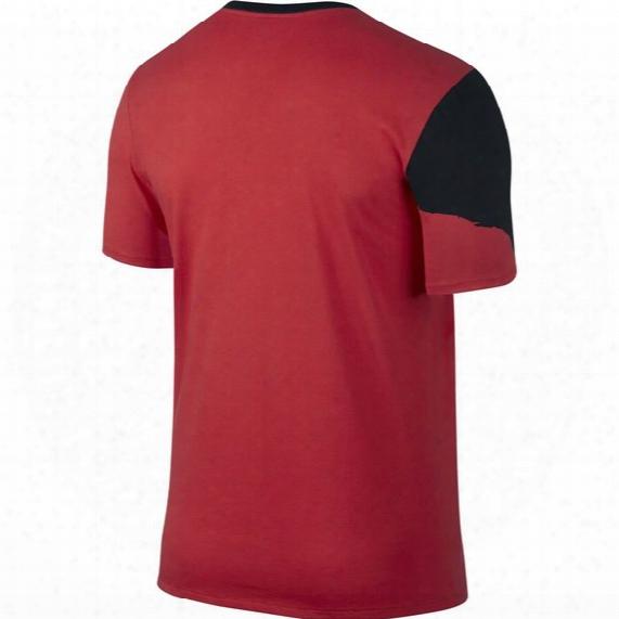 Lebron Split Crown Basketball T-shirt - Mens
