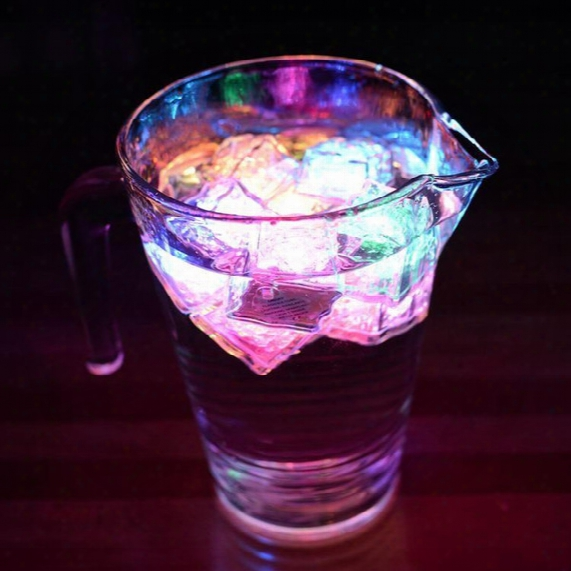 1200pcs/carton Flash Ice Cube Water-actived Flash Led Light Put Into Water Drink Flash Automatically For Party Wedding Bars Christmas