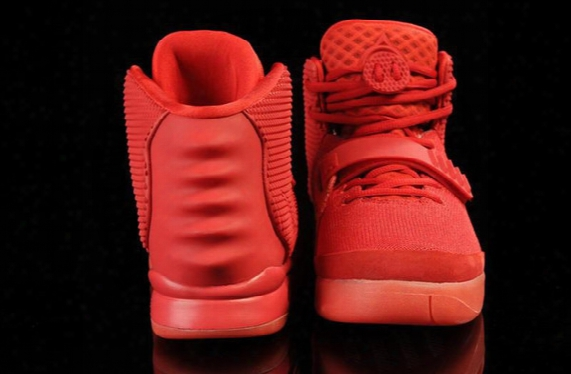 2016 Christmas Kanye West 2 Red October West Trendy Shoes Sneakers Man And Woman Basketball Shoes Size Eur 36-47 Free Shipping