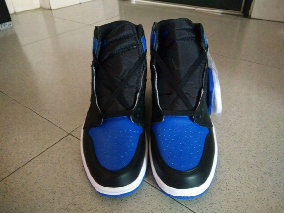 Basketball Shoes 2017 Retro 1 Magnificent 555088-007 Athletic Shoes