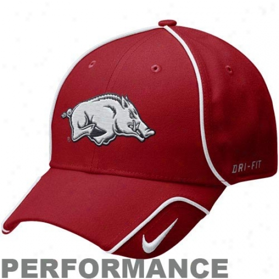 Arkansas Razorbacks Hats : Nike Arkansas Razorbacks Principal Legacy 91 2010 Coaches Adjustable Performance Hats