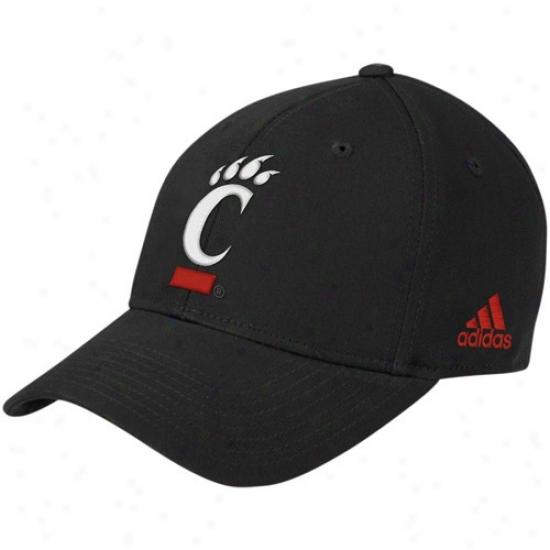 Cincinnati Bearcat Merchandise: Adidas Cincinnati Bearcat Black Basic Logo Adjustable Hat
