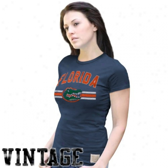 Gator T-shirt : Gator Ladies Navy Blue Distreqsed Crew-neck Vintage Premium T-shirt