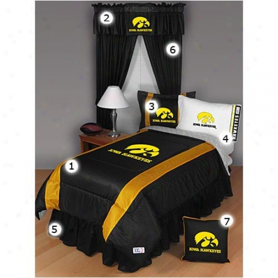 Iowa Hawkeyes Twin Size Sideline Bedroom Set