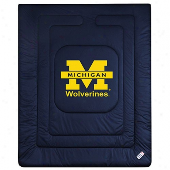 Michigan Wolverines Queen/full Size Locker Room Comforter