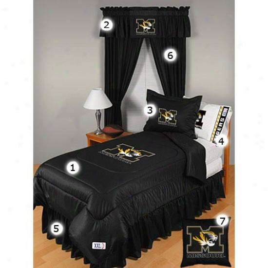 Missouri Tigers Queen Size Locker Room Bedroom Set