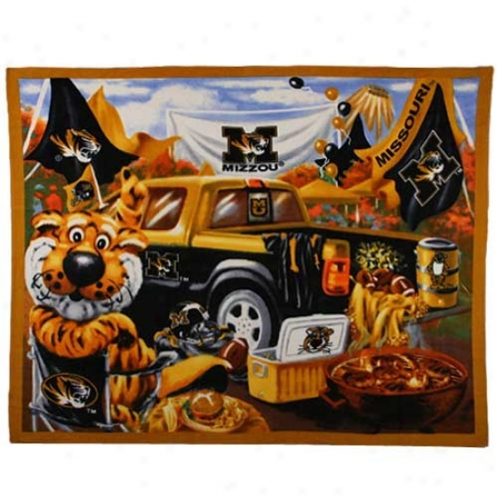 Missouri Tigers Tailgate Print 48'' X 60'' Fleece Blanket