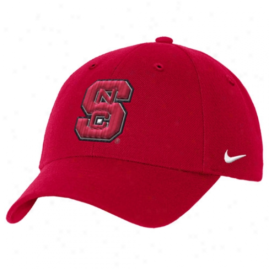Nc State Wolfpack Gear: Nike North Carolina State Wolfpack Red Wool Classic Iii Hat