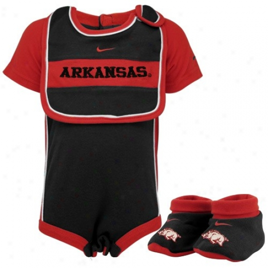 Nike Arkansas Razorbacks Infant Black Three Piece Gift Set