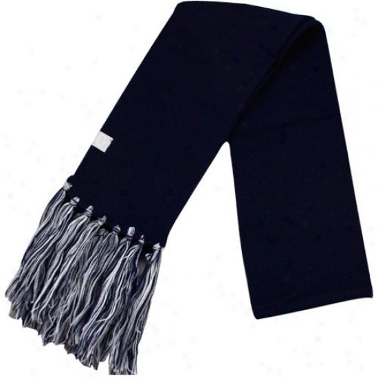 Nike Penn Express  Nittany Lions Ladies Navy Blue Tassel Scarf