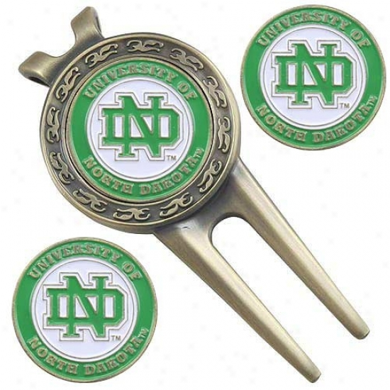 Nortg Dakota Fighting Sioux Divot Tool & Ball Marker Fix