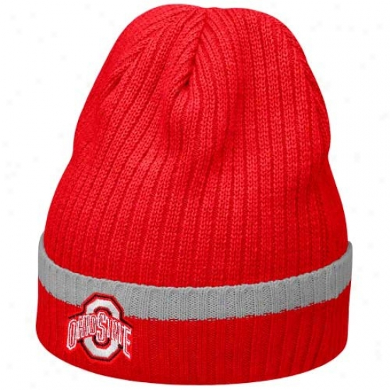Ohio St University Cap : Nike Ohio St Universiyt Scarlet 2010 Sideline Cuffed Knit Beanie