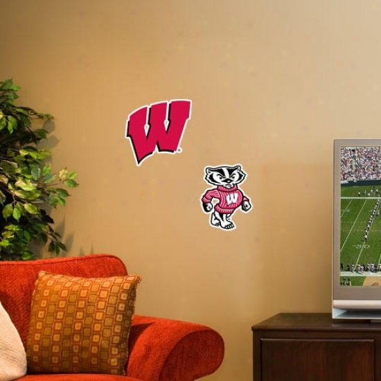 Wisconsin Badgers 2-pack Team Logo Decal