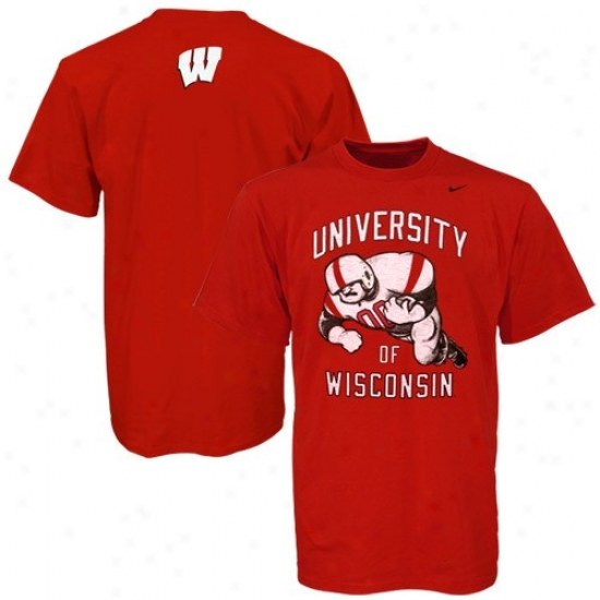 Wisconsin Badger Attire: Nike Wisconsin Badgers Cardinal Old School Football T-shirt