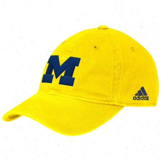 Wolverine Merchandise: Adixas Wolverine Maize Slope Flex Fit Hat