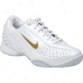 Nike Tennis Wmoen S Air Zoom Mystify Ii Why/gold
