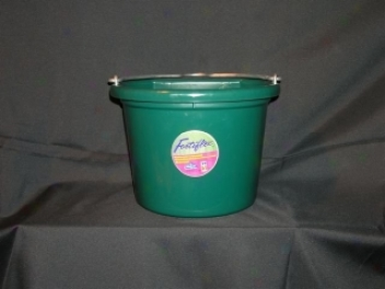 Flat Back Bucket Feeder - Hunter Lawn
