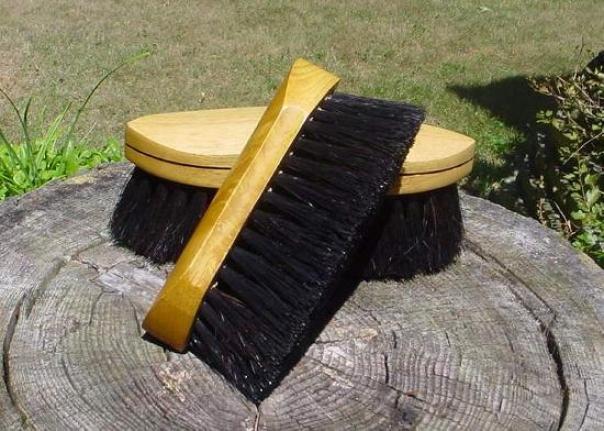 Legends Poly/horsehair Pocket Grooming Brush