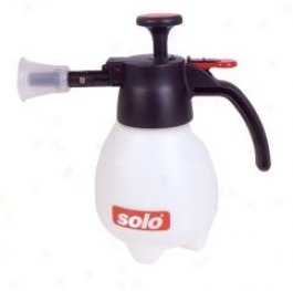 One Hand Sprayer For Lawn And Garden Use