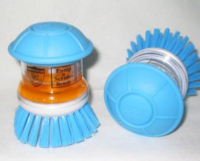 Pump 'n Scrub Grooming Brush