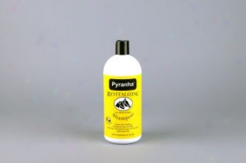 Pyranha Syampoo For Horses - Quart