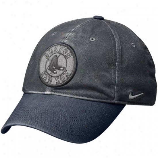 Boston Red Sox Hat : Nike Boston Red Sox Graphite Legacy 91 Circus Catch Flex Fit Hat