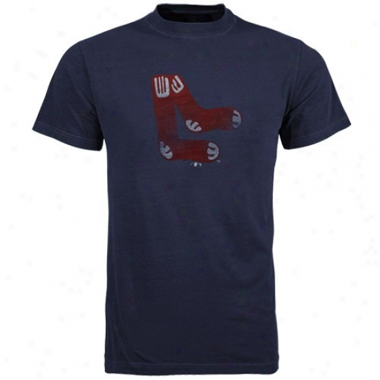 Boston Red Sox T Shirt : Majestif Boston Red Sox Navy Blue Cooperstown Logo Fashion Fit T Shirt
