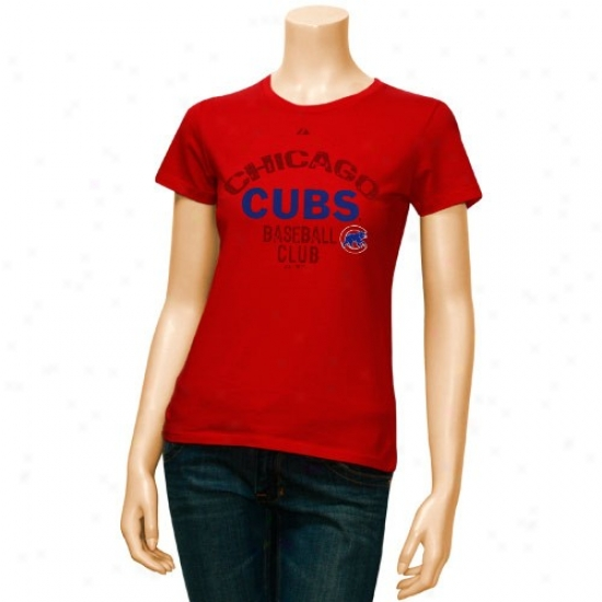 Chicago Cubs Attire: Majestic Chicago Cubs Ladies Red Club Sunburst T-shirt