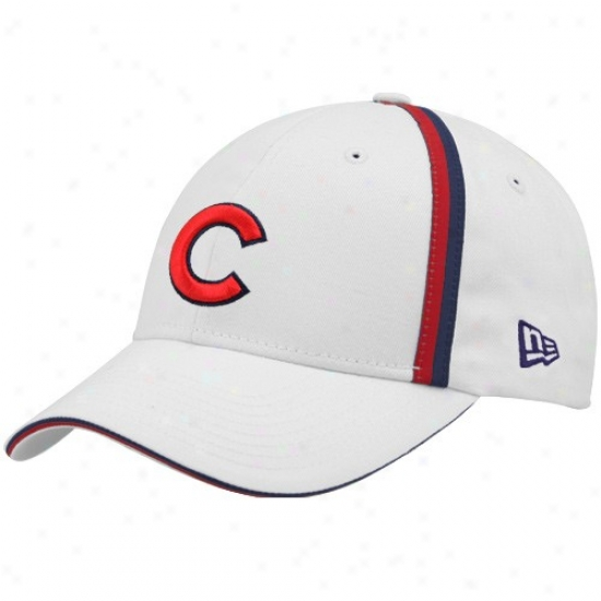 Chicago Cubs Hat : New Era Chicago Cubs White Action Stripes Adjustable Hat