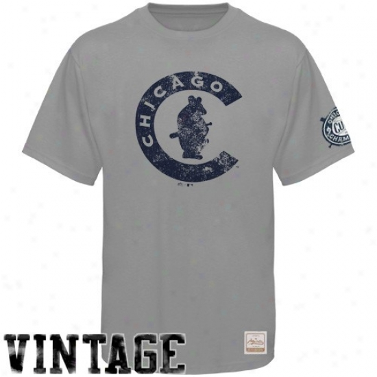 Chicago Cubs T-shirt : Majestic Select Chicago Cubs Gray Paramount Vintage Premium T-shirt