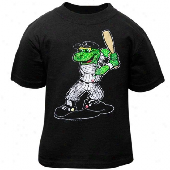 Chicago White Sox Tee : Chicago White Sox Toddler Black Distressed Mascot Tee