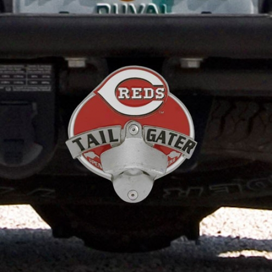 cincinnati reds tailgater bottle opener hitch cover the web sport world dot com. Black Bedroom Furniture Sets. Home Design Ideas