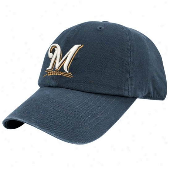 Milwaukee Brewers Hats : Twins Enterprise Milwaukee Brewers Navy Blue Franchise Fitted Hats