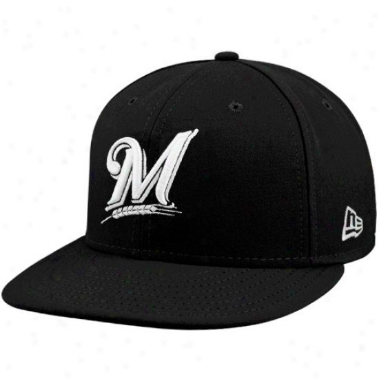 Milwaukee Brewres Merchandise: New Era Milwaukre Brewers Black League Basic Fitted Cardinal's office