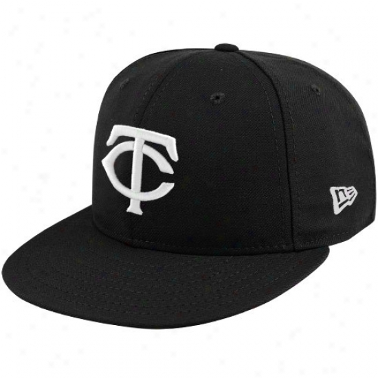 Minnesota Twins Gear: New Era Minnesota Twins Black League Basic Fitted Hat
