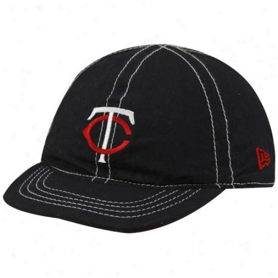 Minnesota Twins Gear: New Era Minnesota Twins Infant Navy Blue-red Mesa Flip Reversible Hat